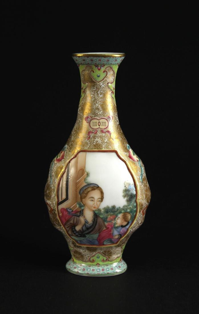 Enamel Western figure painting Vase Qianlong Period