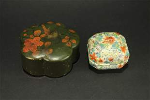 Famille Rose Flowers Box guangxu and lacquerware Box