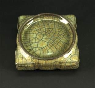 Ge Glaze Square Brush-washer Qing Dynasty Period