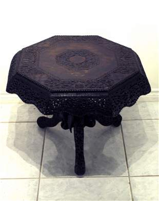 Indian Rosewood Carving Flowers Round Table 19th