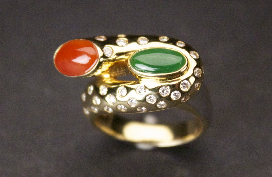 18K Yellow Gold Ring Inlaid with Jadeite