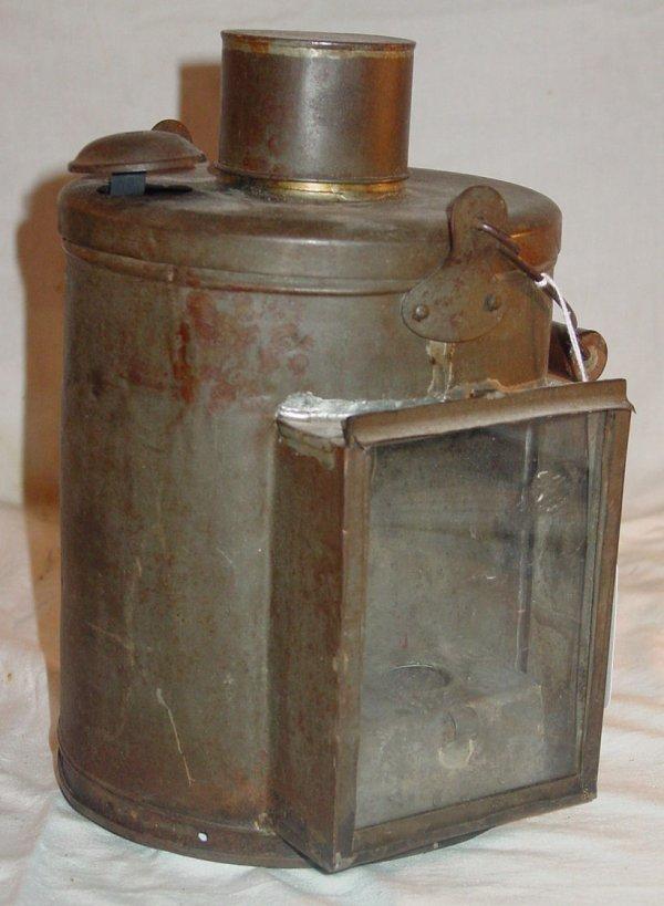 18: Unusual tin lantern/soup bucket, antique