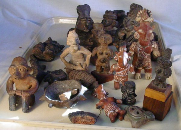 16A: lot of Pre Columbian artifacts as seen
