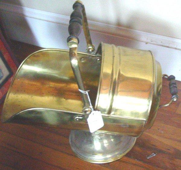 1001: 19th c .English brass coal hod