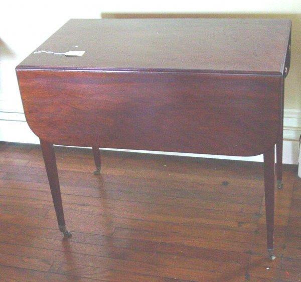 1006: Hepplewhite Pembroke table