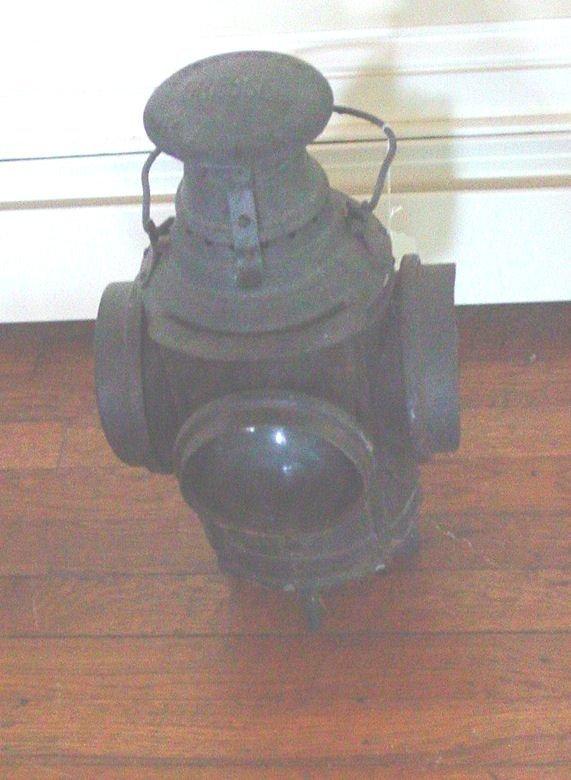 1022: New Jersey rail road lantern