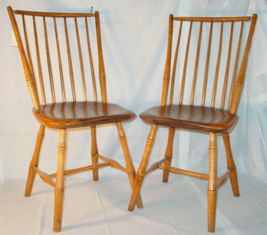 1002: Pair of Windsor chairs