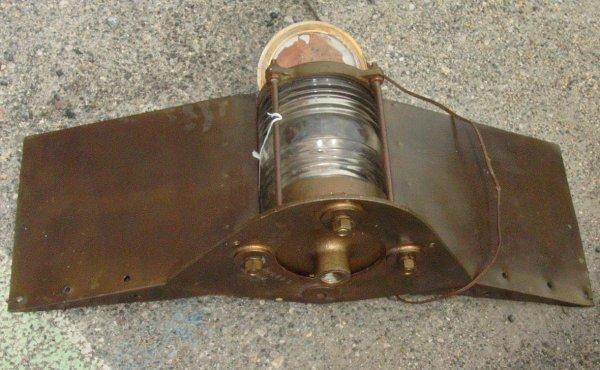 6: Bronze ships running lamp