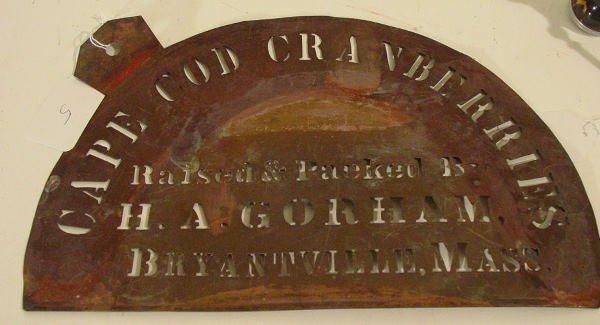 5: antique cranberry box stencil