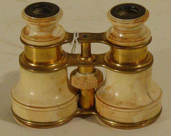 44: pair opera glasses in brass and ivory