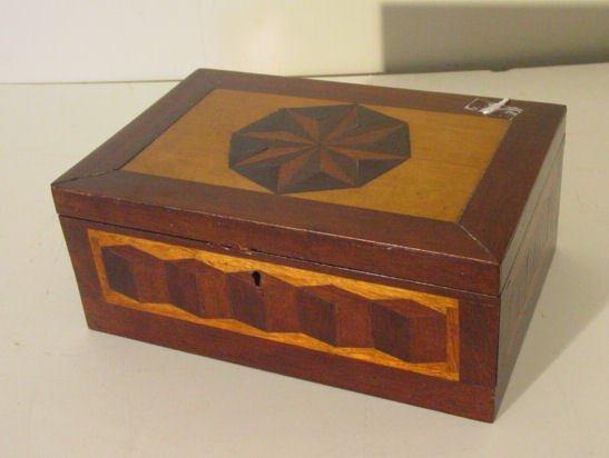 53: inlaid antique sailor made box