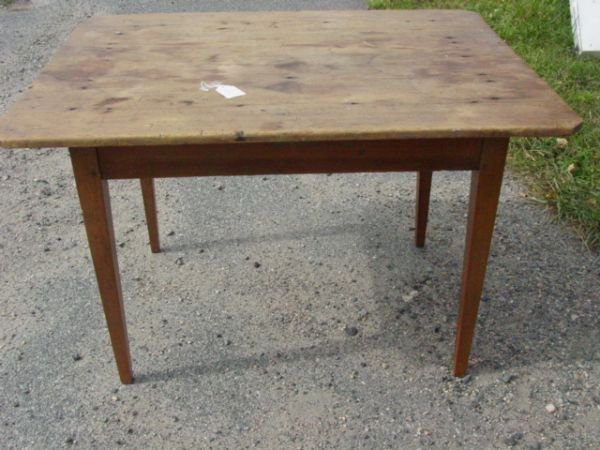 62: period country tavern table