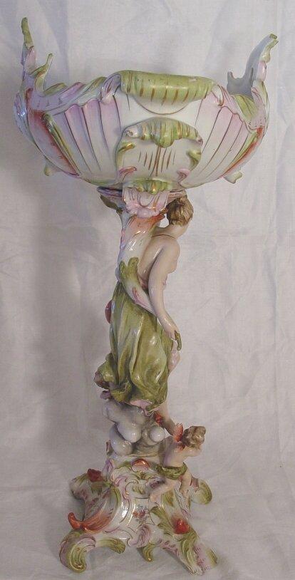 6: Large German porcelain compote