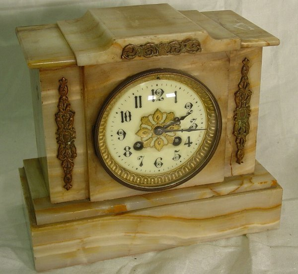 1001: Marble mantel clock, antique marble mantel