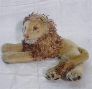 Steiff lion with button