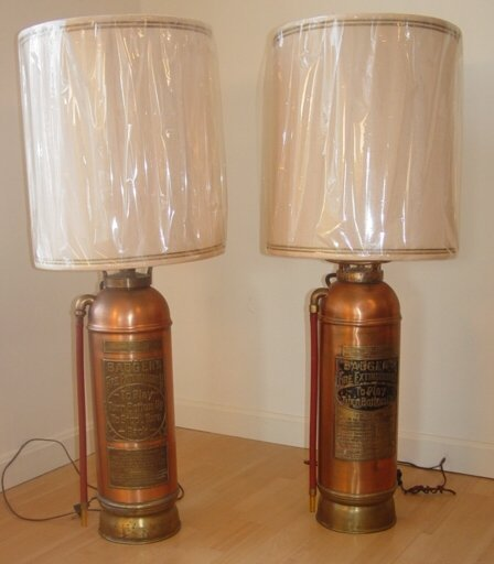 1021: two fire extinguisher lamps
