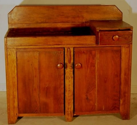 2005A: early 19th c. dry sink
