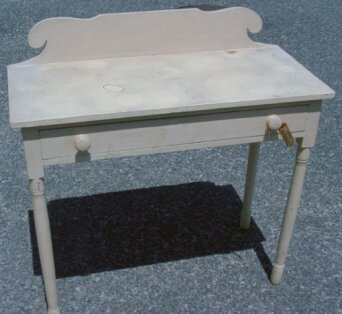 1: Pine one drawer dressing table