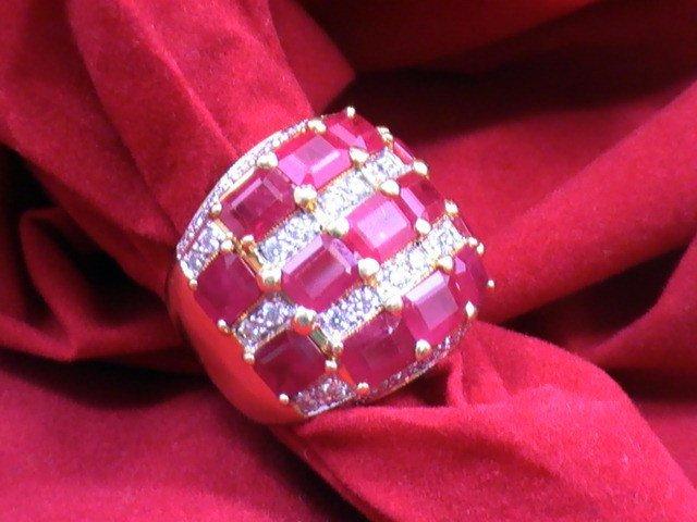 Stunning Ladies 2carat Diamonds &10 carat ruby ring