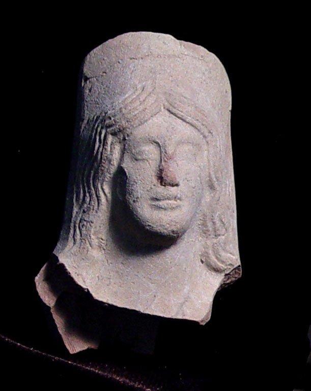ARCHAIC GREEK VOTIVE GODDESS HEAD