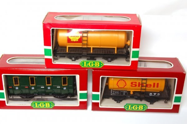 1011: LGB 3050, two 4040S and 4049 in boxes