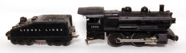 16: Lionel 1625 steam engine and tender