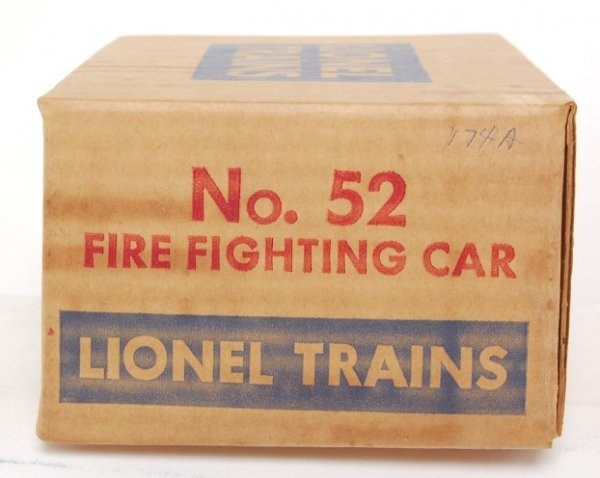 811: Unrun Lionel 52 fire fighting car in OB