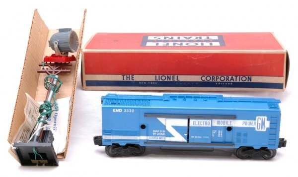 2700: Lionel 3530 Operating Generator Car MINT Boxed