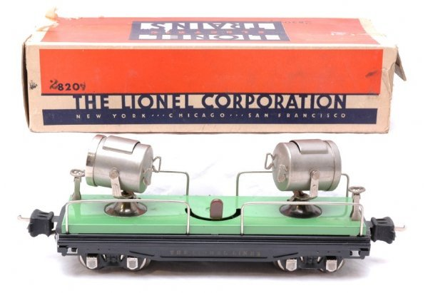2701: Lionel 2820 Floodlight Car with Nickel Trim Boxed