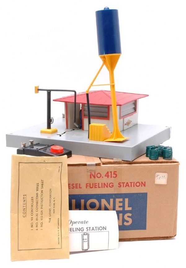 2707: Lionel 415 Diesel Fueling Station Boxed