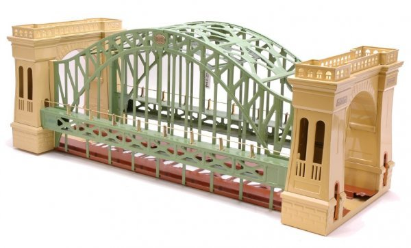 2714: MTH reproduction of Lionel 300 Hellgate Bridge