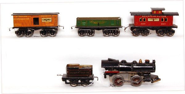 800: American Flyer prewar steam freight set