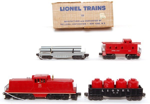 805: Lionel 700 boxed set with 627 LV center cab