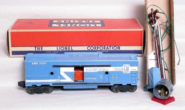 1: Lionel 3530 long stripe GM generator car, OB