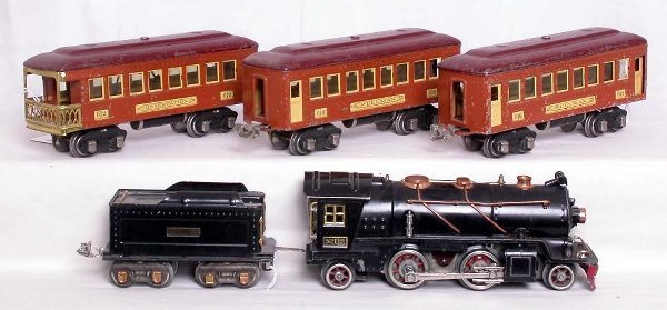 5: Lionel prewar 262E loco with 610, 610 and 612