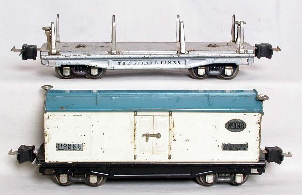 6: Lionel prewar 814R and 811 in silver