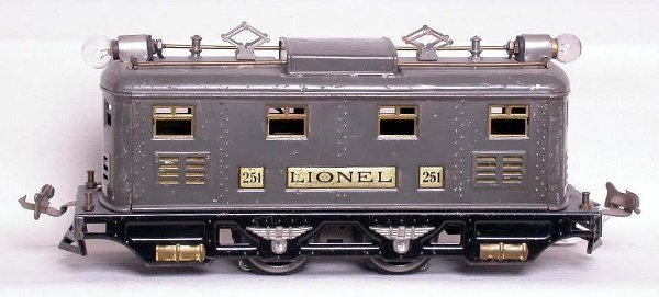 17: Lionel prewar 251 locomotive in gray