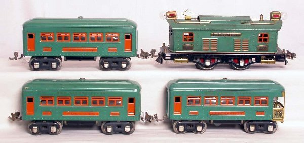 24: Lionel prewar 253 set with 607, 607 and 608