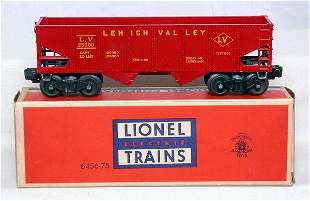 Lionel red painted 6456-75 hopper in OB