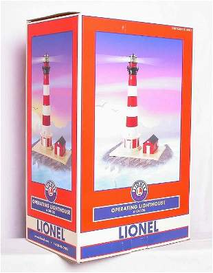 Lionel 24135 Operating Lighthouse, Mint