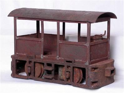 256: Lionel 2-7/8-inch 100 loco, needs TLC