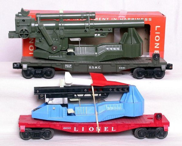 302: Mint Lionel 6651 cannon and 6650 missile, OB