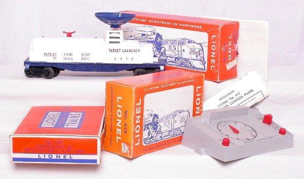 304: Lionel 413, 3470 and 969 in original boxes