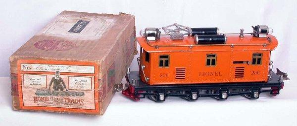 318: Lionel 256 orange loco in the box