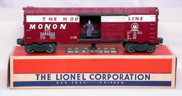 324: Lionel 3494-550 Monon operating boxcar, OB