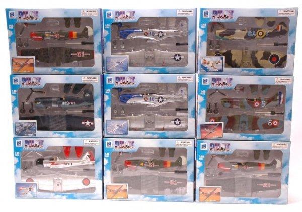 2504: NewRay Pilot Model Kits 14 Planes MINT Boxed