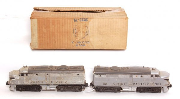 3022: Lionel 2023 Union Pacific Alice AA, MC, needs TLC