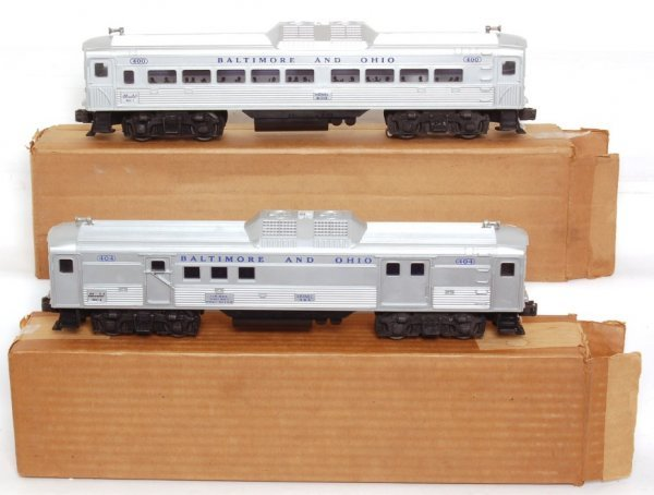 3807: Nice Lionel 400 and 404 BUDD RDC cars in OB