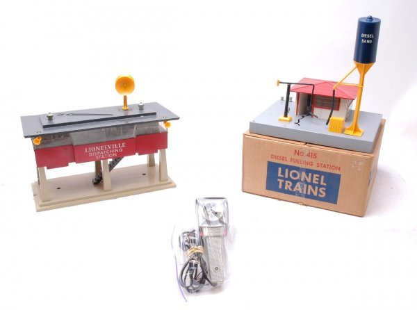 9: Lionel 465 Station 415 Fueling Station Boxed