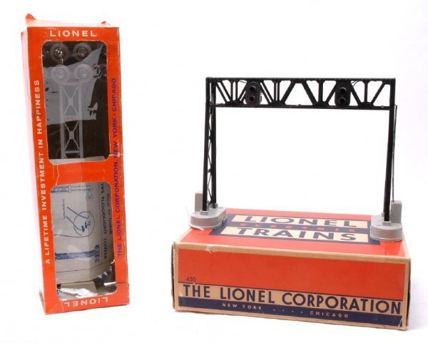 21: Lionel 450 Signal Bridge and 195 Tower Boxed
